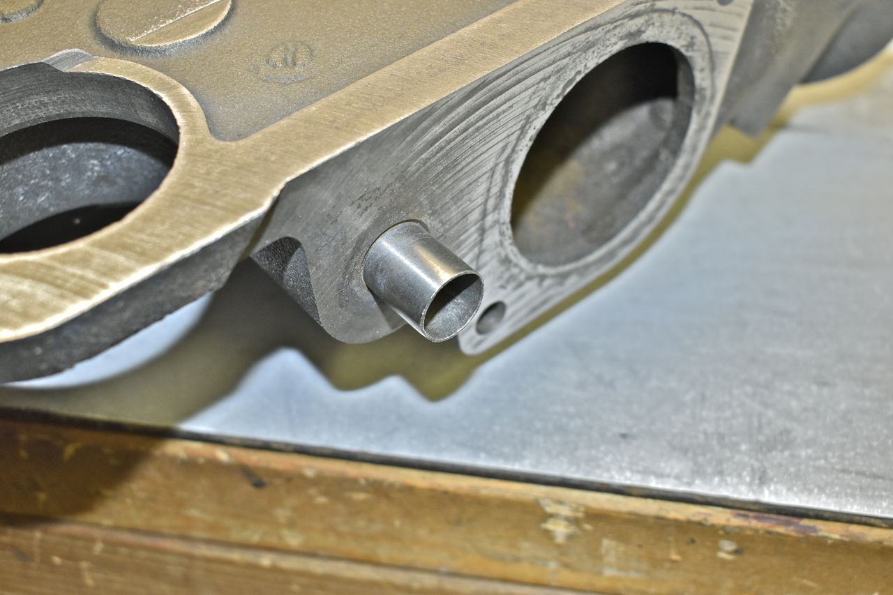 agalaxieworks.com_sites_forum_pics_for_sale_66_heads_intake__DSC0027.jpg