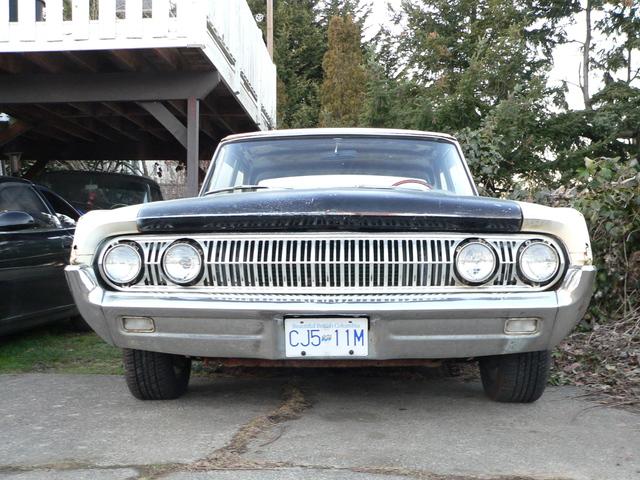 awww.sidneybc.ca_automobiles_meteor_1964_Meteor_front.jpg